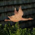 Oie en vol - métal rouillé